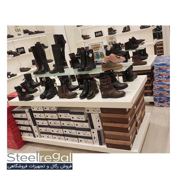 استند رگال کفش مردانه